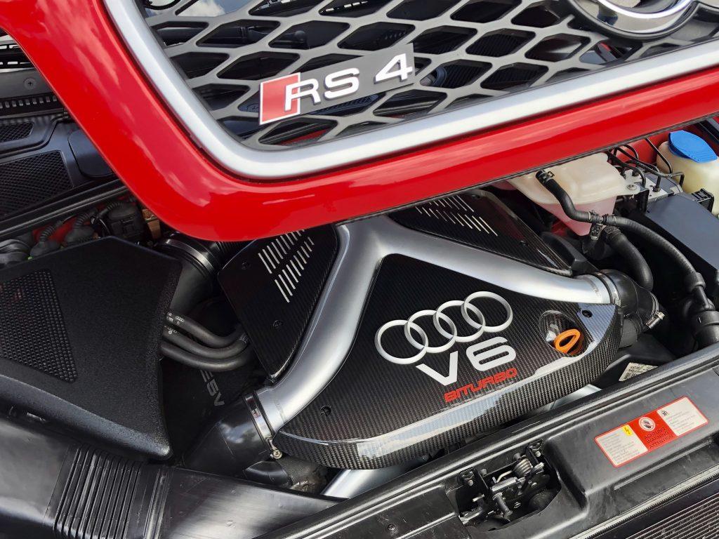 RS4 V6